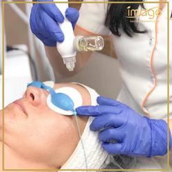 Znasz już zabieg infuzji tlenowej❓ To nieinwazyjna i bardzo skuteczna metoda odmładzania i regenerowania skóry. 👌 Wykonywana jest specjalistyczną aparaturą, wykorzystującą dwie technologie jednocześnie: 👉Technologię hiperbarycznego tlenu (terapię czystym tlenem) 👉Wprowadzanie głęboko w skórę substancji aktywnych. 🔻 Po zabiegu skóra nabiera ładnego kolorytu, staje się gładka, elastyczna i intensywnie nawilżona. ☺️ 🔻 Twarz+szyja+dekolt ➡️ 175zł Dodatkowy prezent dla Ciebie: BON O WARTOŚCI 5️⃣0️⃣zł na drugi zabieg.😁 Zapraszamy ☎️ 662497510