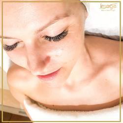 W zamęcie dnia codziennego👉znajdź chwilę dla siebie! ❤️ 🔻 Nie wiesz, jaki zabieg potrzebuje Twoja skóra❓ 🔻 Umów się na konsultację z naszym kosmetologiem, który zaproponuje odpowiednią dla potrzeb Twojej skóry serię zabiegów. 🔻 Zapraszamy ☎️ 662497510